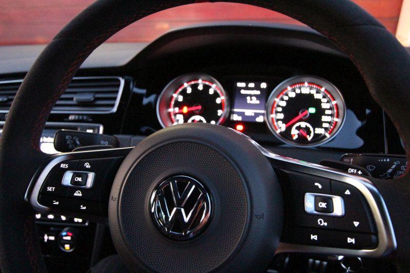 golf gti clubsport steering wheel
